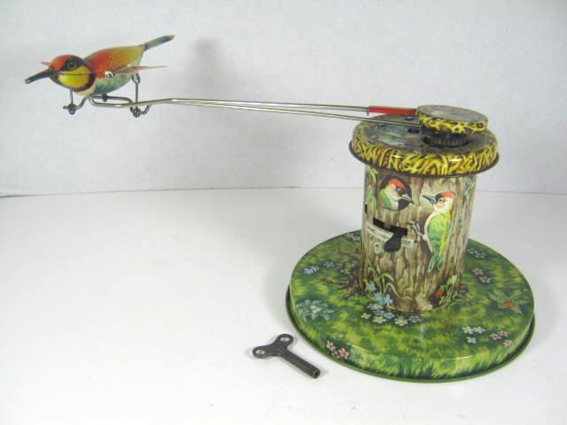 Flying Bird Toy : Battery operated toy windmill personal